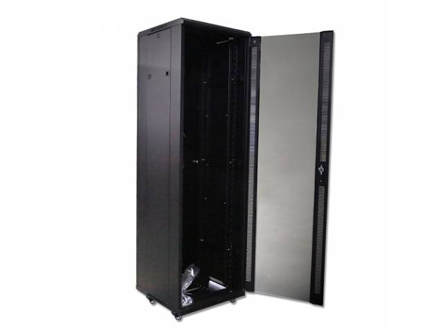 Rack MYConnection! MYC-8842 42U 800X800mm - Pivotante